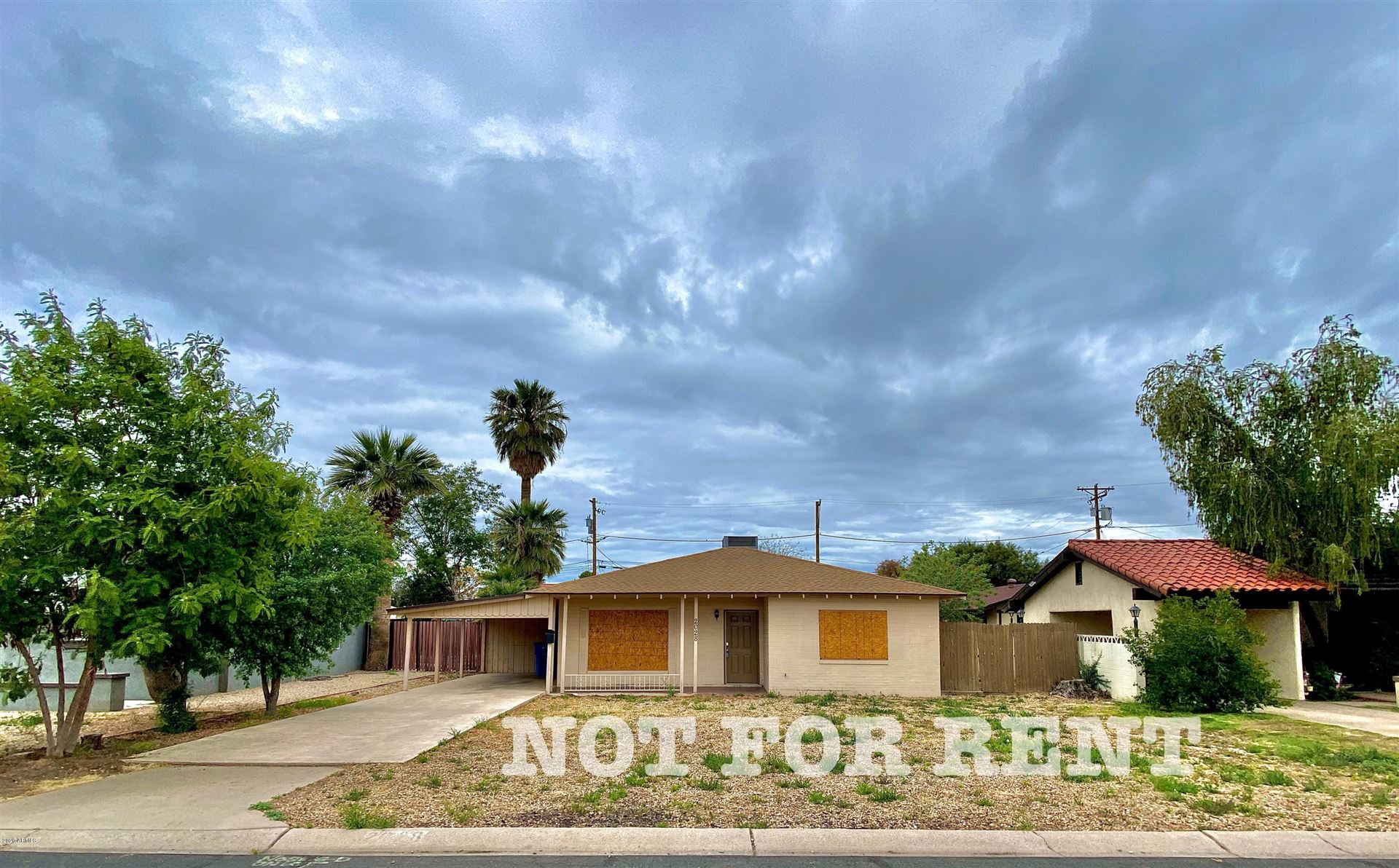 Property Image Of 2028 W Medlock Drive In Phoenix, Az