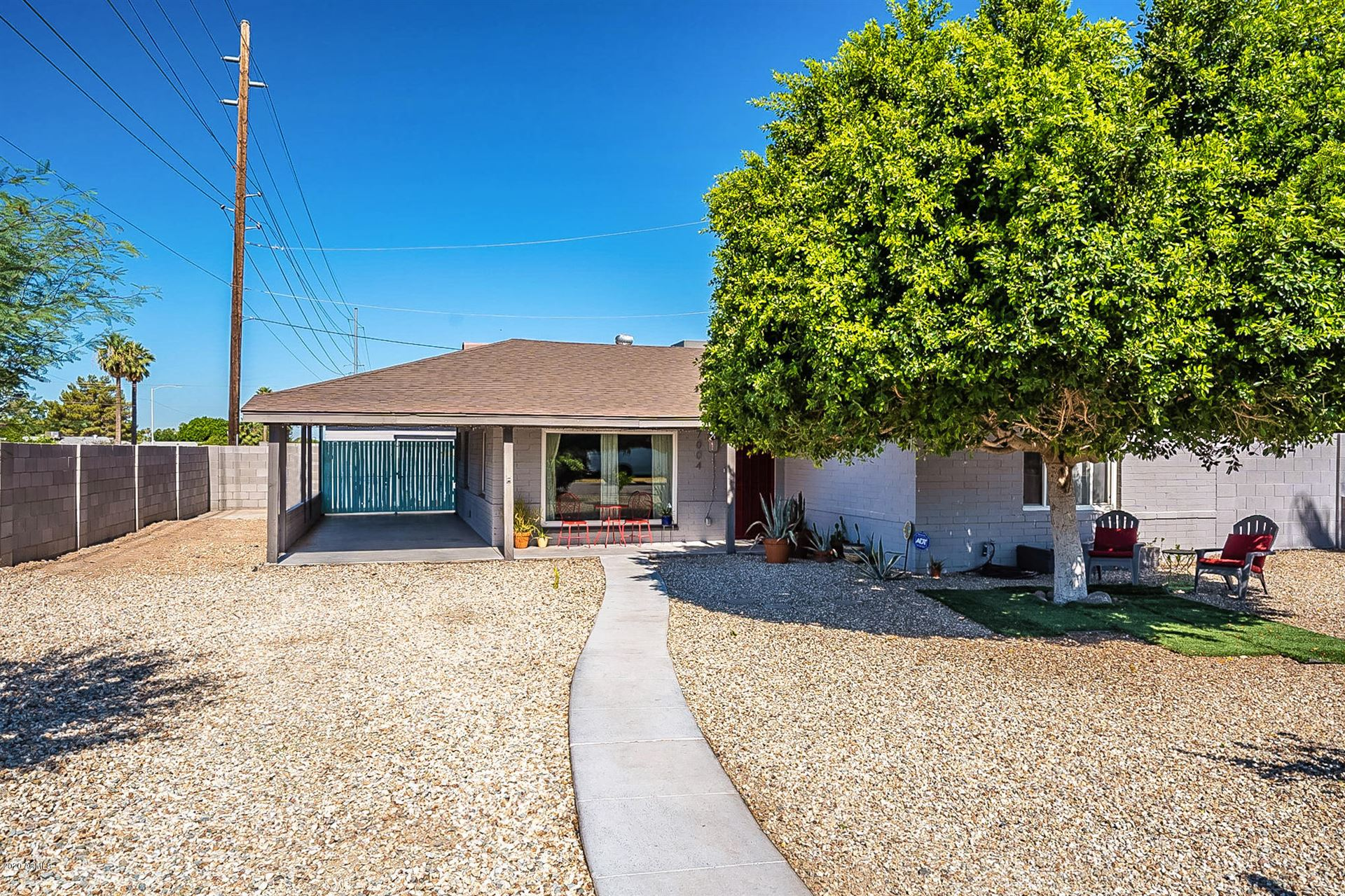 Property Image Of 7004 N 11Th Way In Phoenix, Az