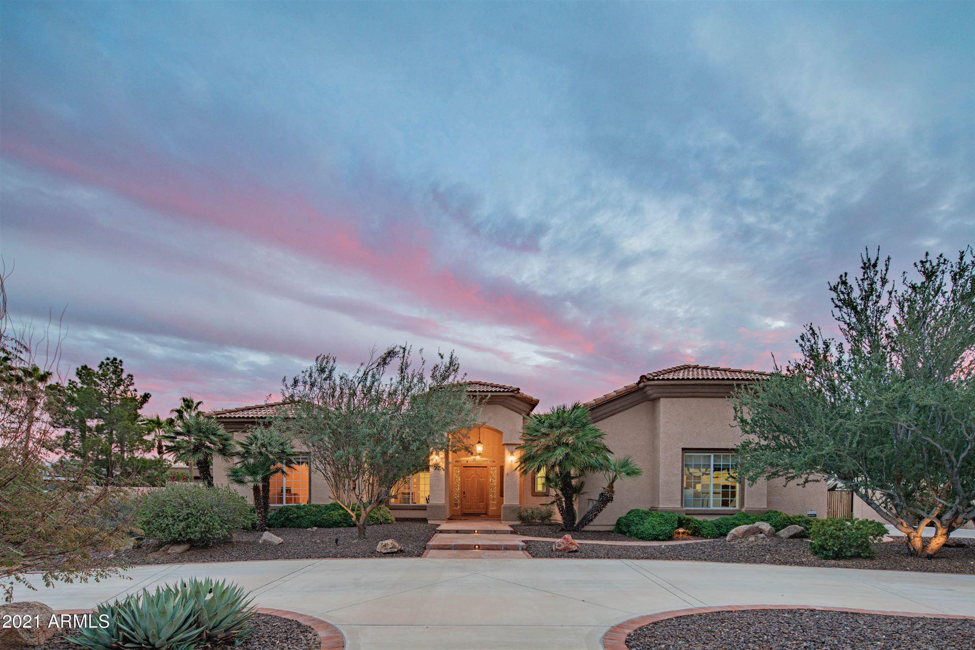 Glendale                                                                      , AZ - $825,000