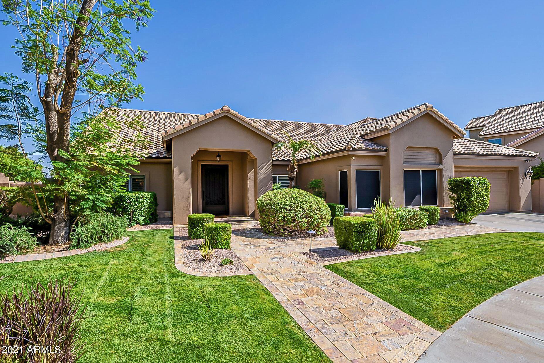 Phoenix                                                                      , AZ - $898,000