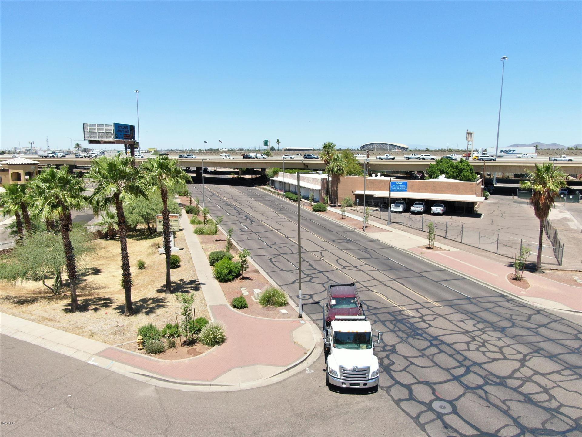 Property Image Of 1555 Grand Avenue In Phoenix, Az
