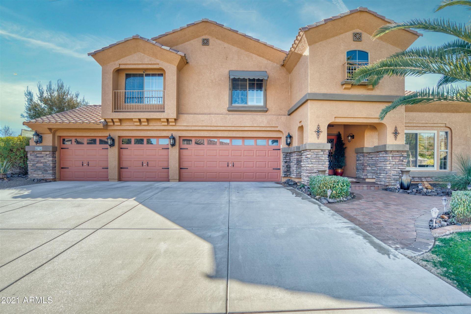 Litchfield Park                                                                      , AZ - $650,000