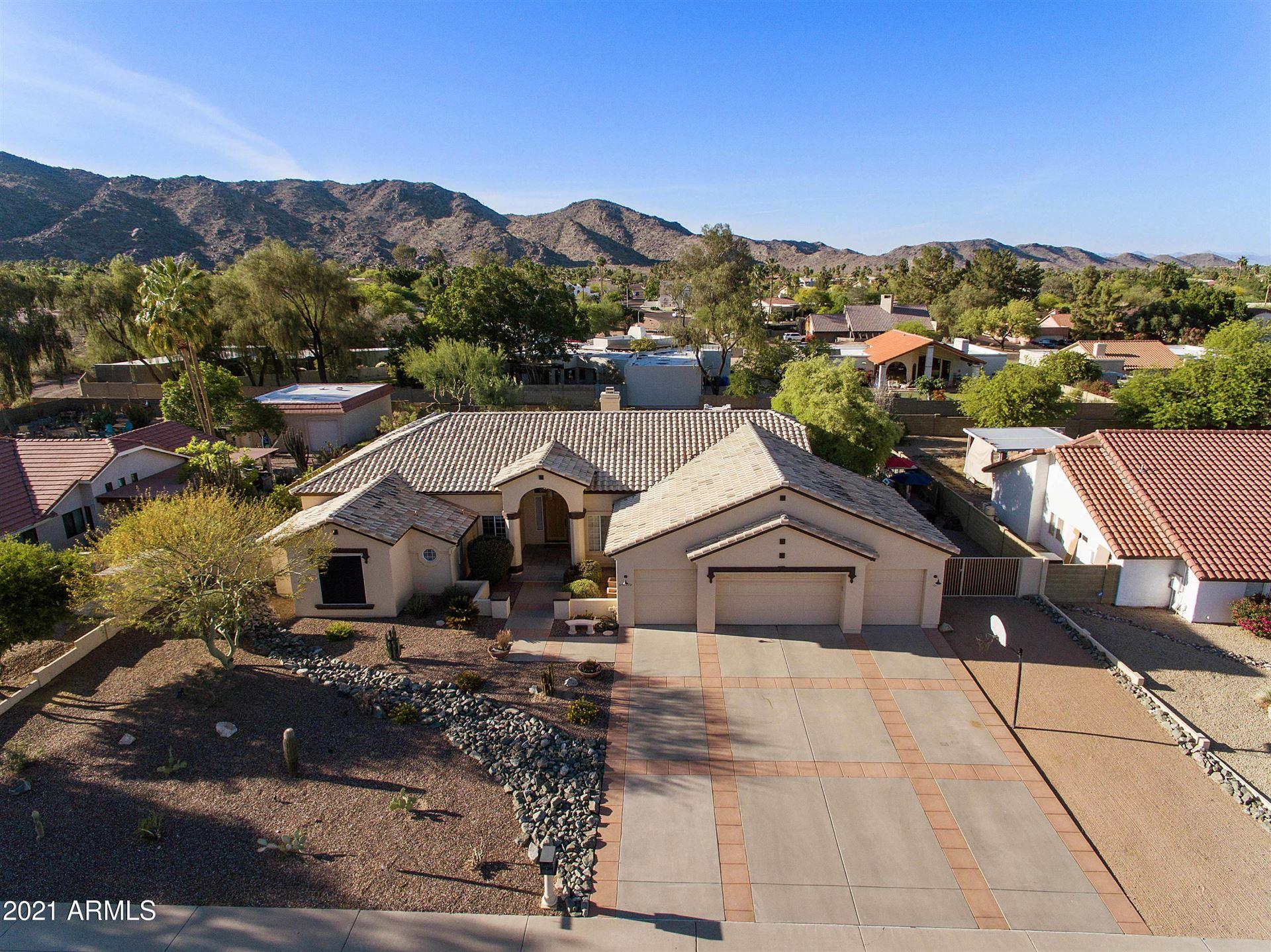 Phoenix                                                                      , AZ - $895,000