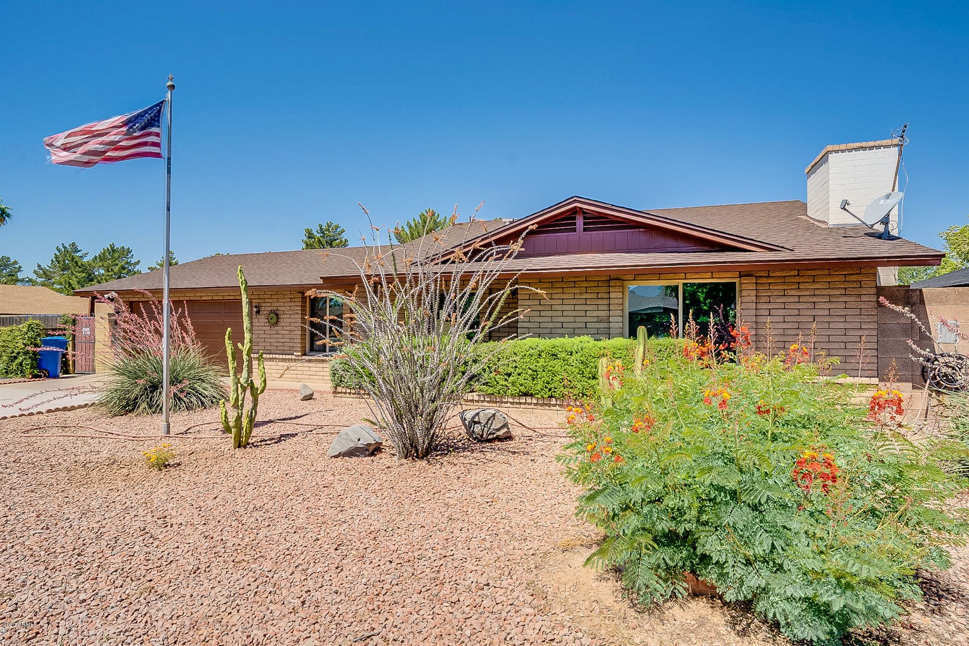 Property Image Of 13616 N 44Th Place In Phoenix, Az