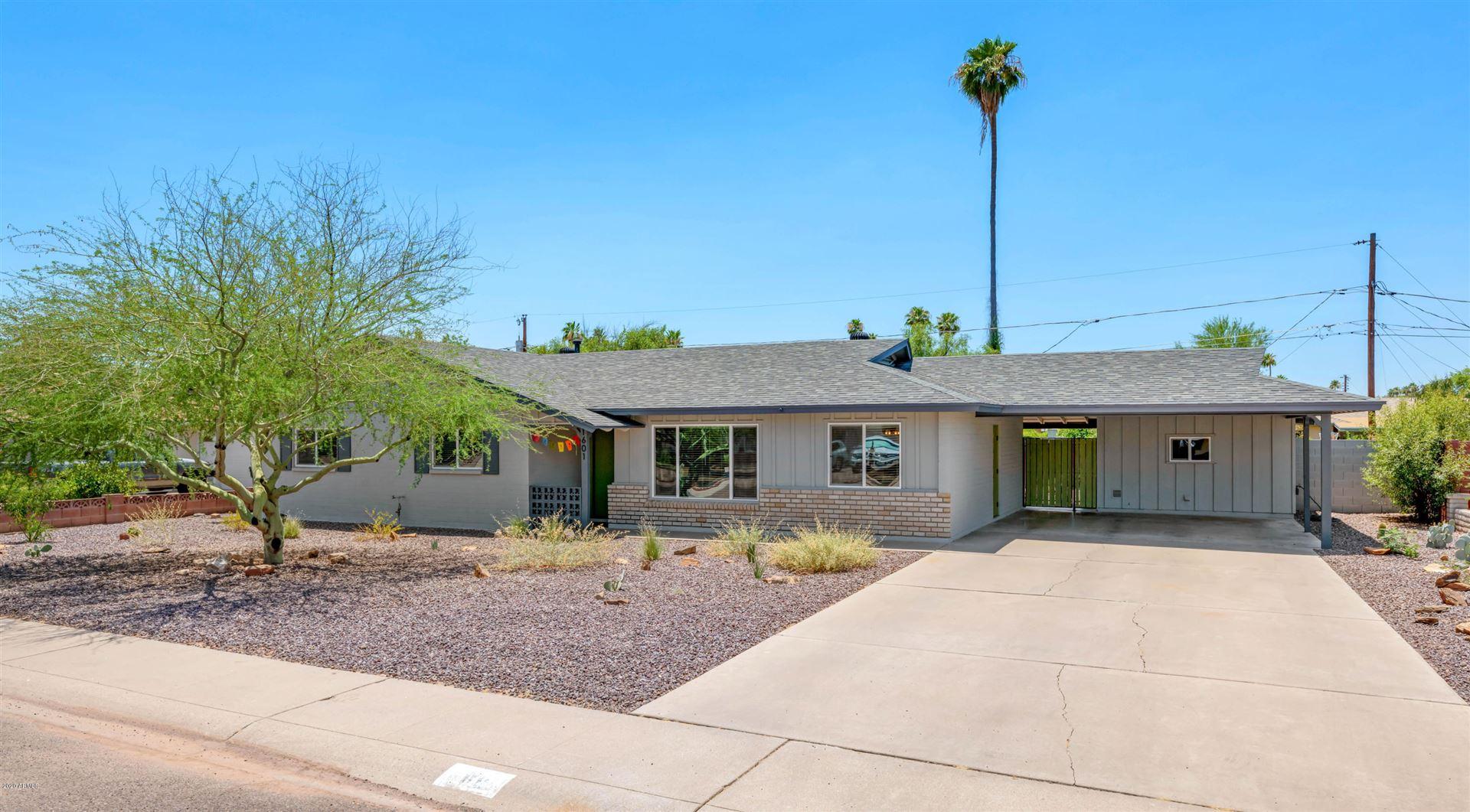 Property Image Of 1601 W Lawrence Road In Phoenix, Az