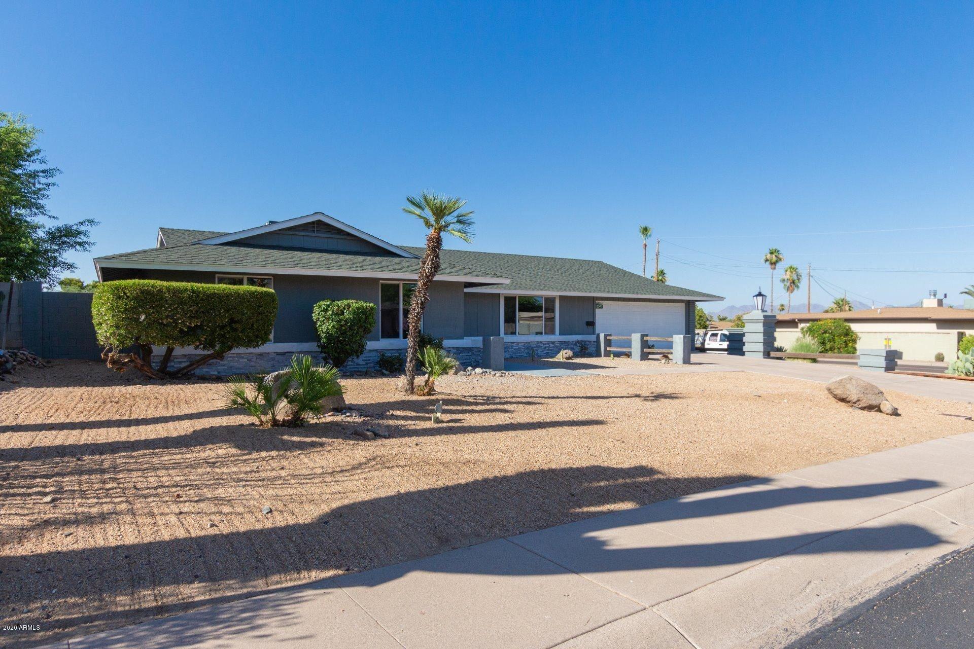 Property Image Of 2540 E Turquoise Drive In Phoenix, Az