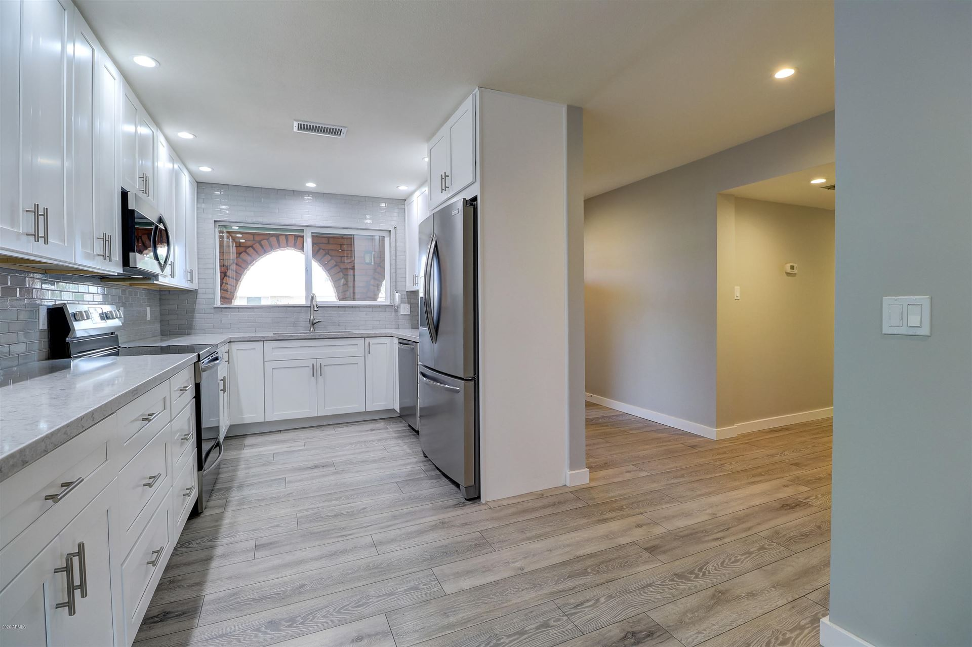 Property Image Of 4511 W Windrose Drive In Glendale, Az