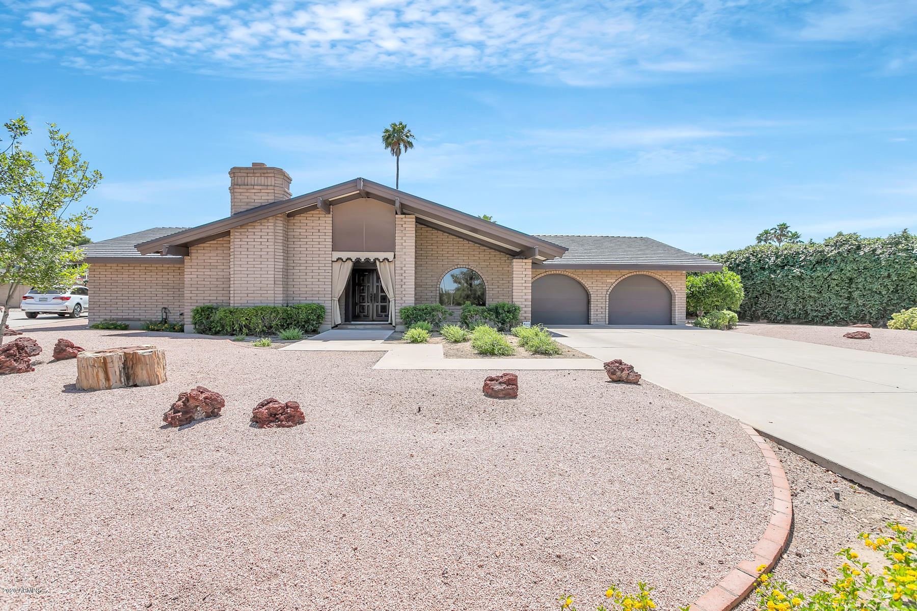 Property Image Of 14425 N 5Th Place In Phoenix, Az