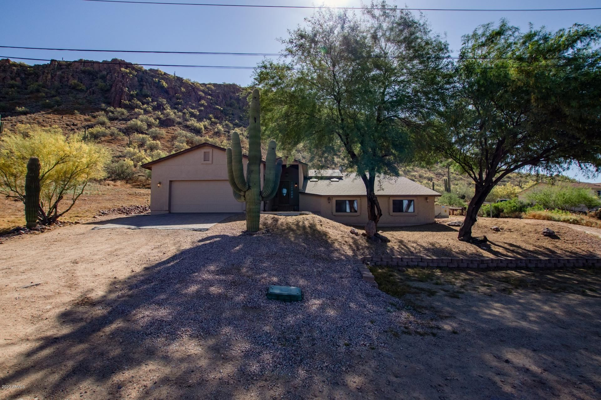 Property Image Of 42516 N 10Th Street In Phoenix, Az