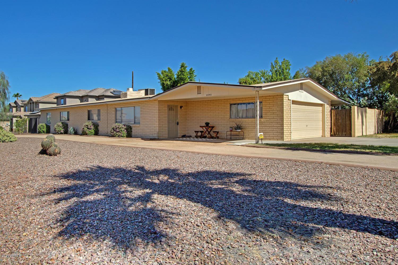 Property Image Of 2240 E Angela Drive In Phoenix, Az