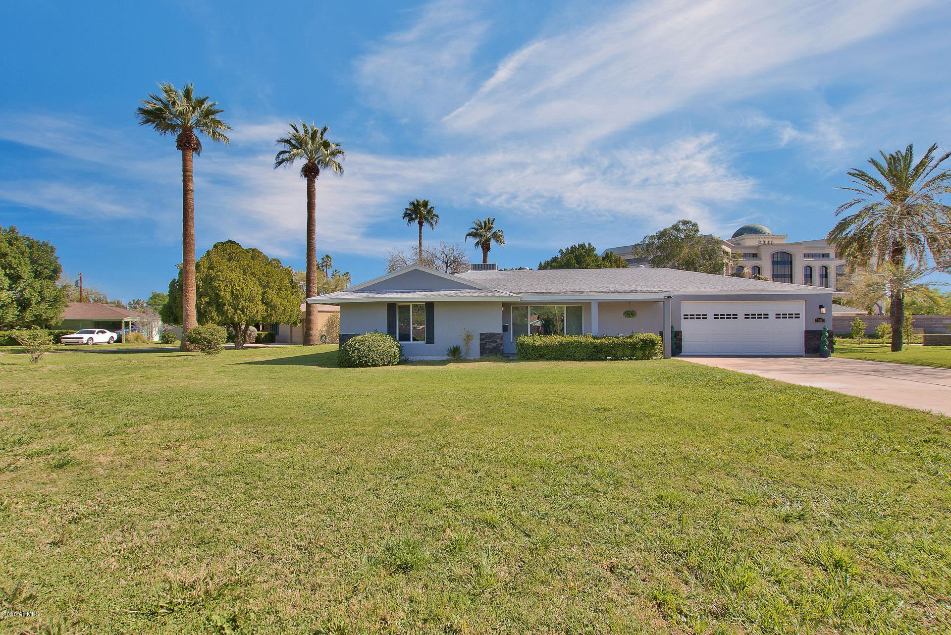 Property Image Of 3001 N 43Rd Place In Phoenix, Az