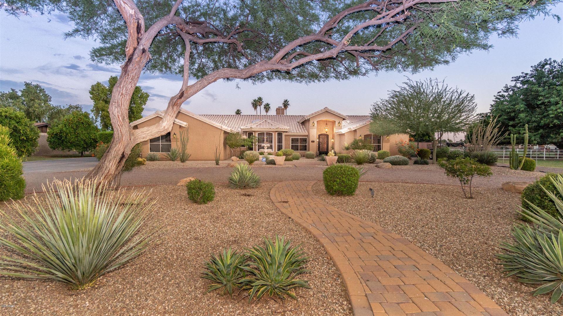 Glendale                                                                      , AZ - $739,000