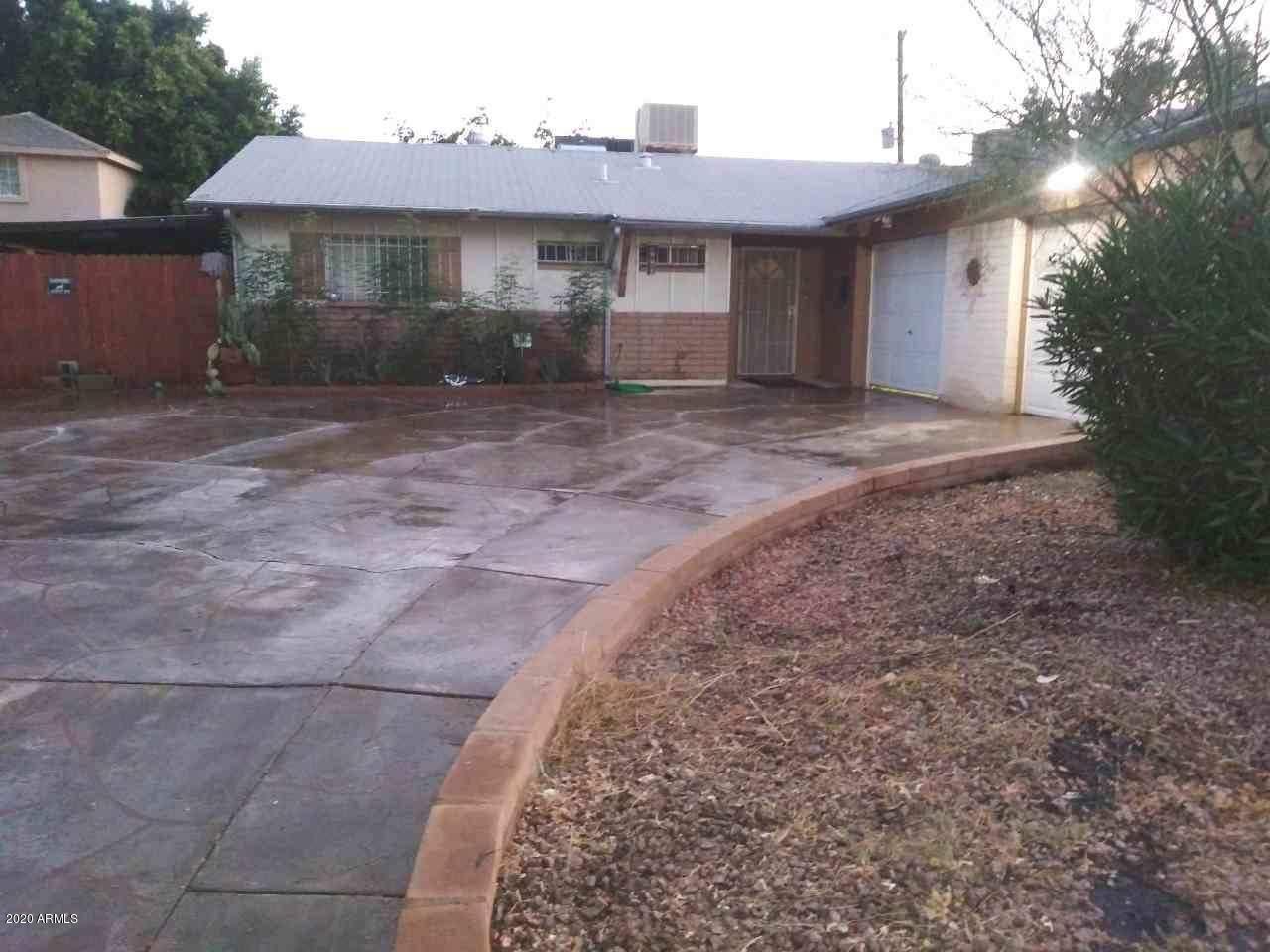 Property Image Of 4402 N 66Th Drive In Phoenix, Az