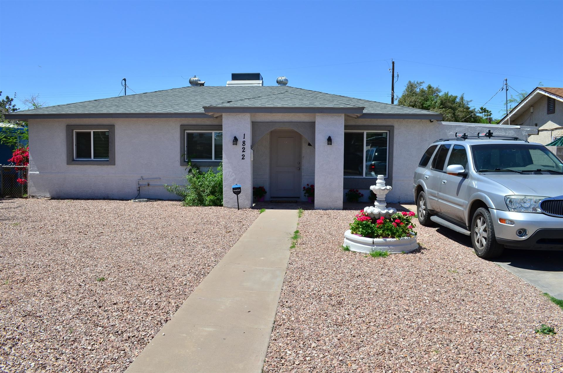 Property Image Of 1822 N 27Th Place In Phoenix, Az