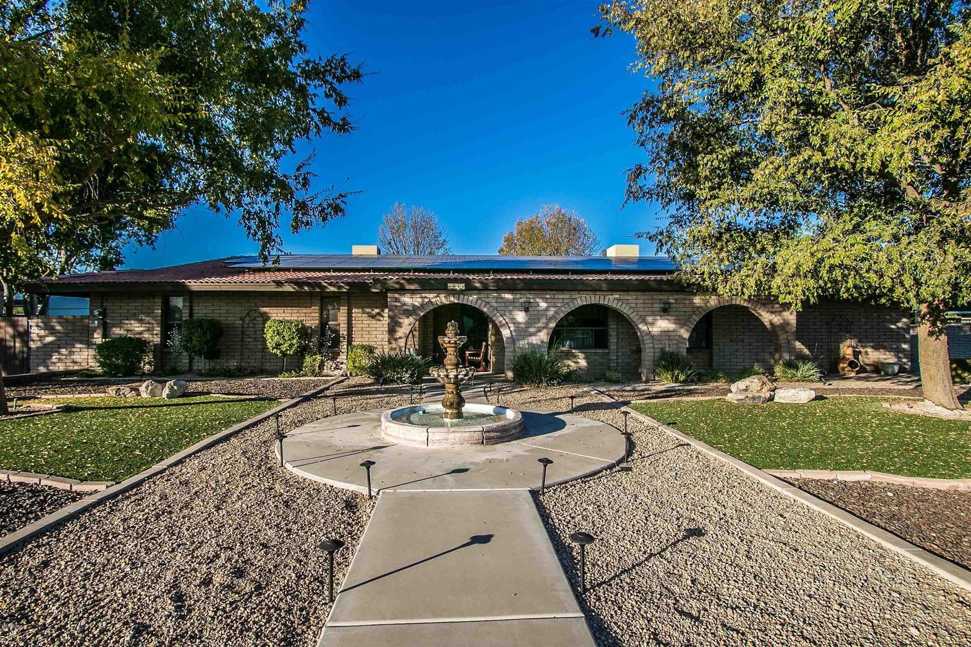 Glendale                                                                      , AZ - $580,000