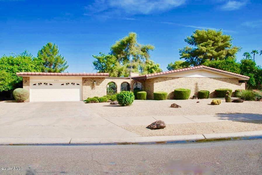 Litchfield Park                                                                      , AZ - $695,000