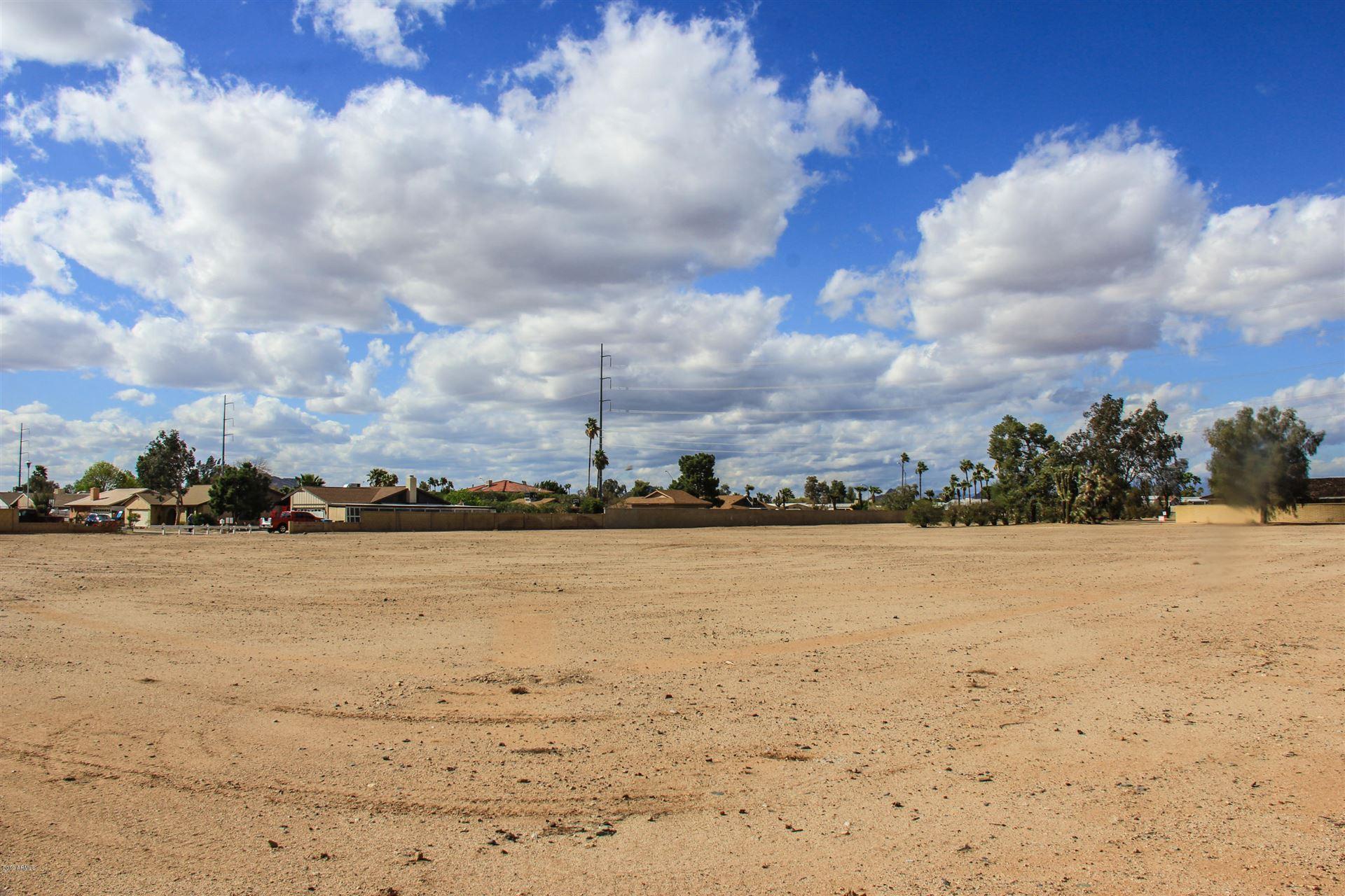 Property Image Of 2747 W Union Hills Drive In Phoenix, Az