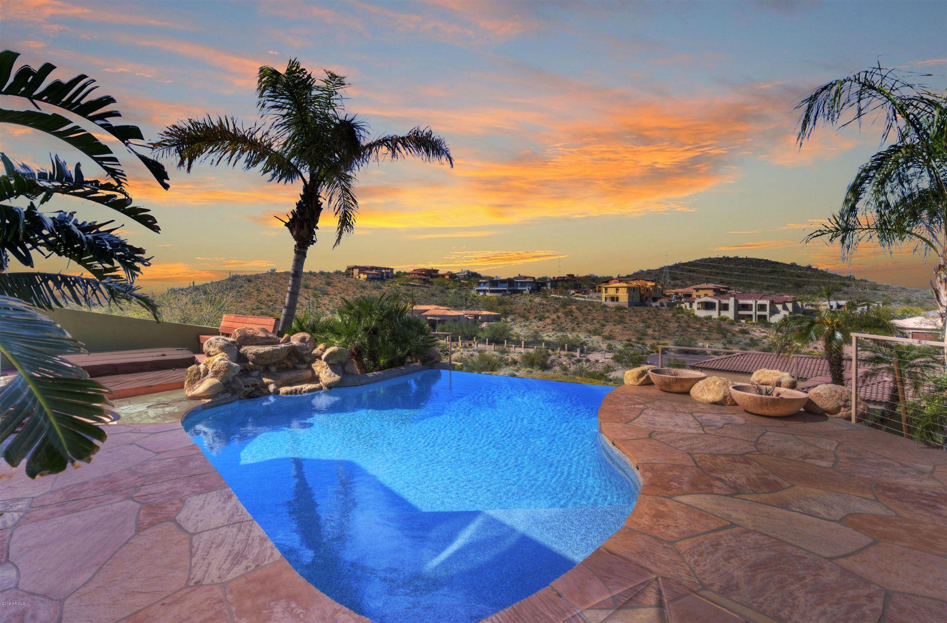 Glendale                                                                      , AZ - $875,000