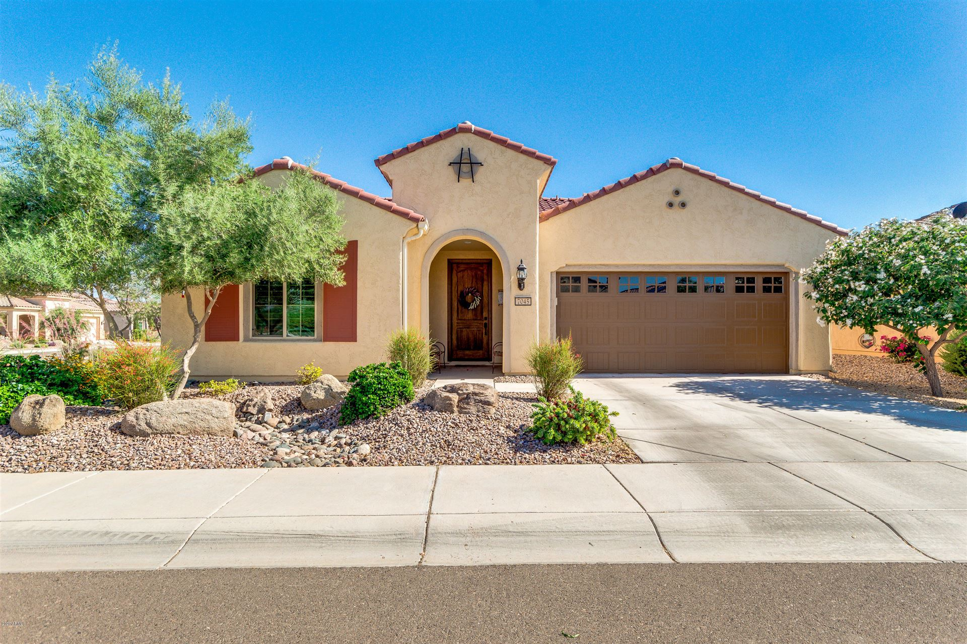 Property Image Of 7045 W Turnstone Drive In Florence, Az
