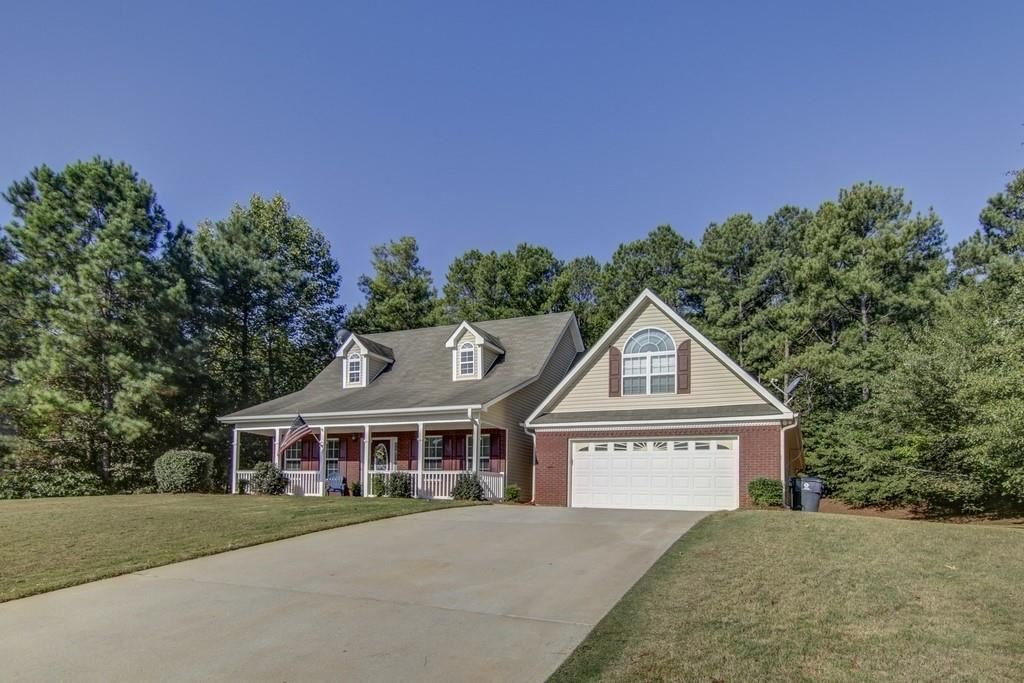 Property Image Of 563 Deadwood Trail In Locust Grove, Ga
