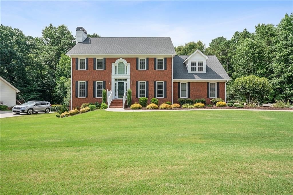 Property Image Of 3525 Parkwood Hills Court In Snellville, Ga