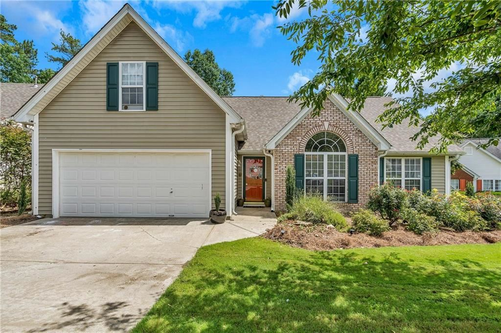 Property Image Of 1027 Sham Pointe In Lawrenceville, Ga