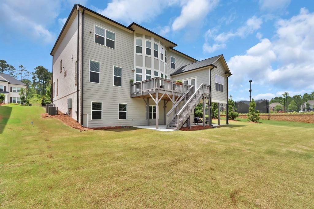 Property Image Of 2869 Longacre Park Way In Lawrenceville, Ga