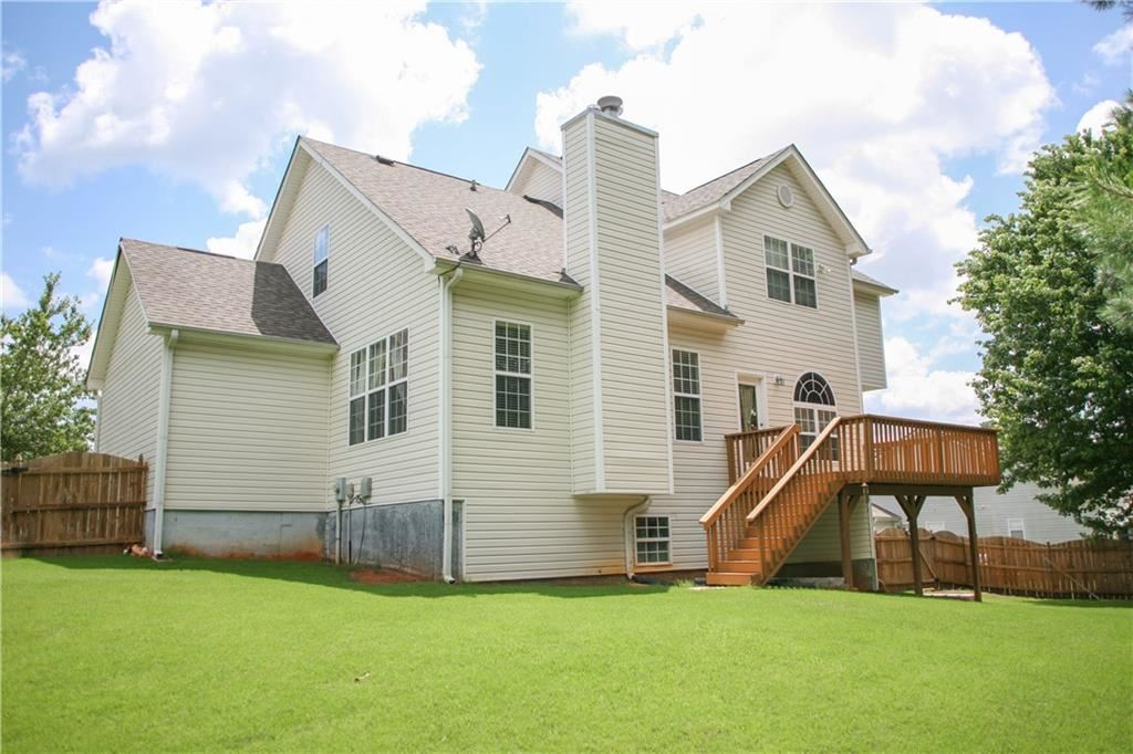 Property Image Of 1230 Fountain Oaks Court In Lawrenceville, Ga
