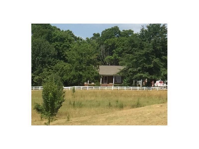Douglasville                                                                      , GA - $567,000