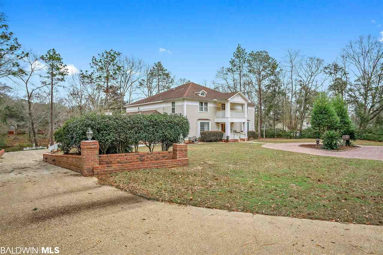 Property Image Of 501 Lakeview Drive In Bay Minette, Al