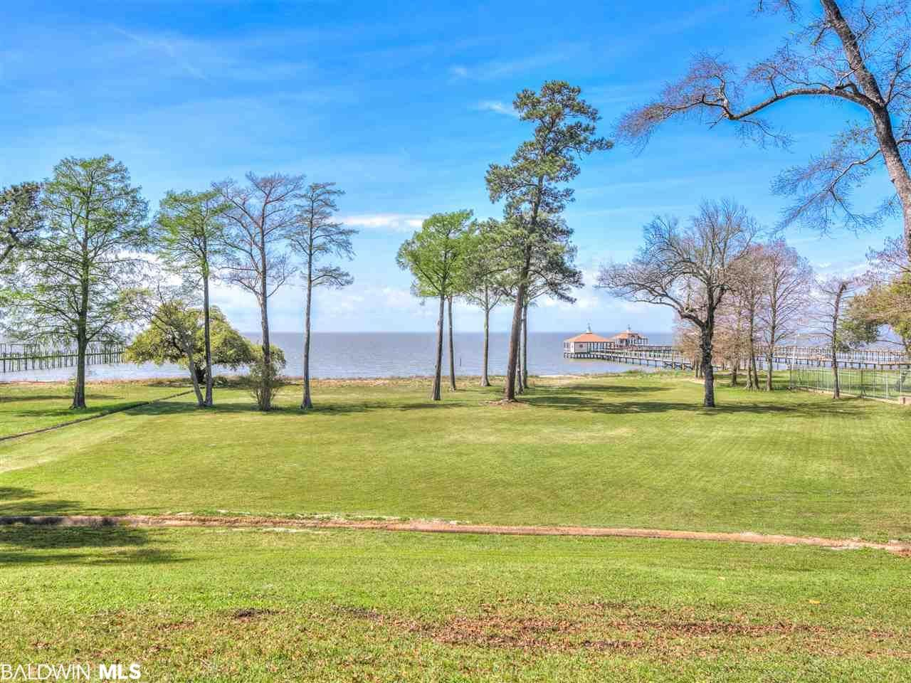 Property Image Of 23813 Main Street In Fairhope, Al