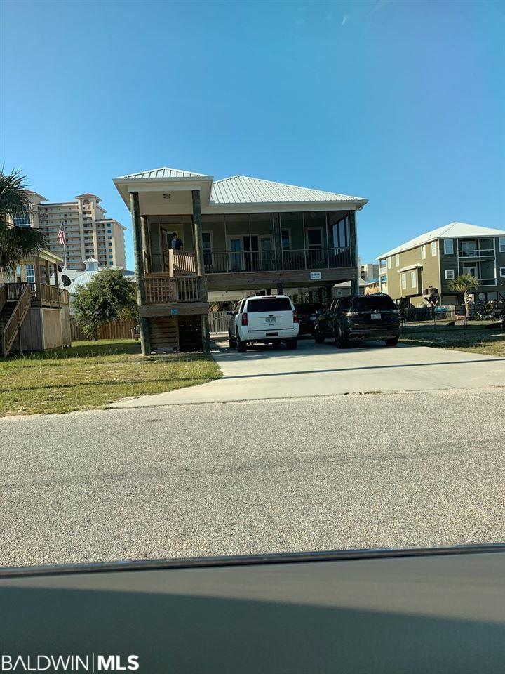 Property Image Of 327 E 2Nd Avenue In Gulf Shores, Al