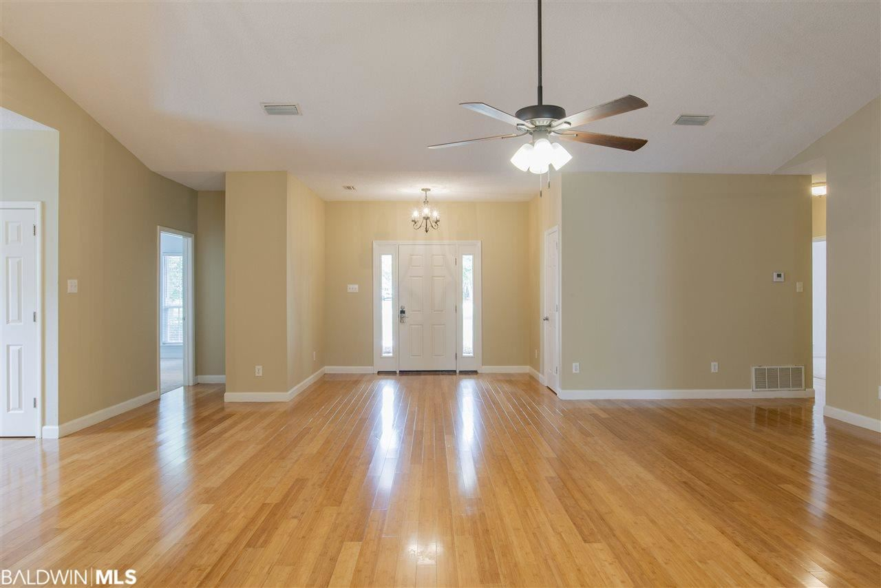 Property Image Of 17058 State Highway 180 In Gulf Shores, Al
