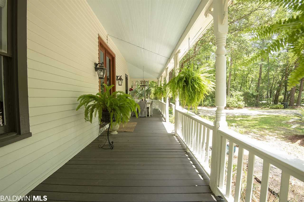 Property Image Of 10680 County Road 1 In Fairhope, Al