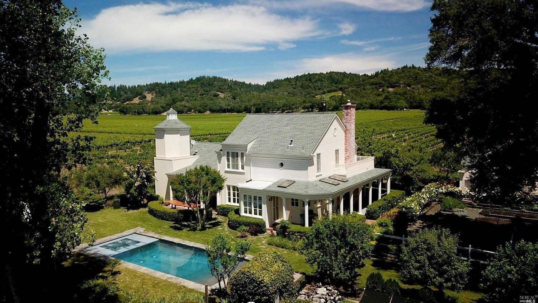 Healdsburg                                                                      , CA - $4,875,000