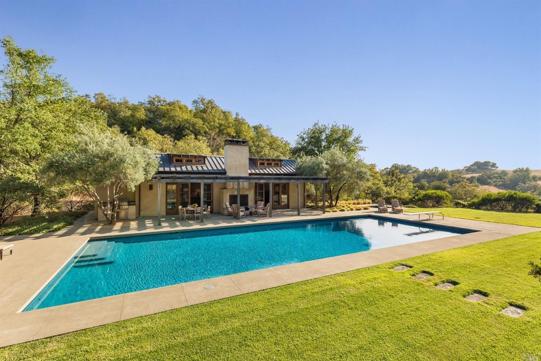 Healdsburg                                                                      , CA - $6,950,000