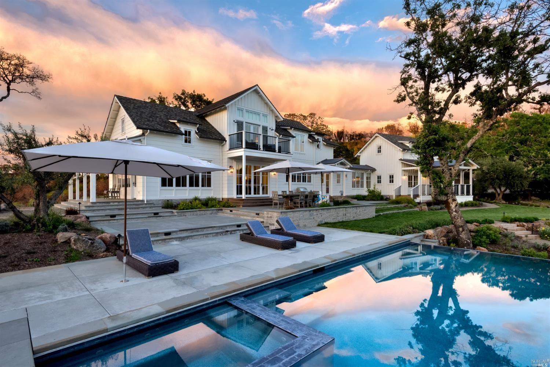 Healdsburg                                                                      , CA - $8,450,000