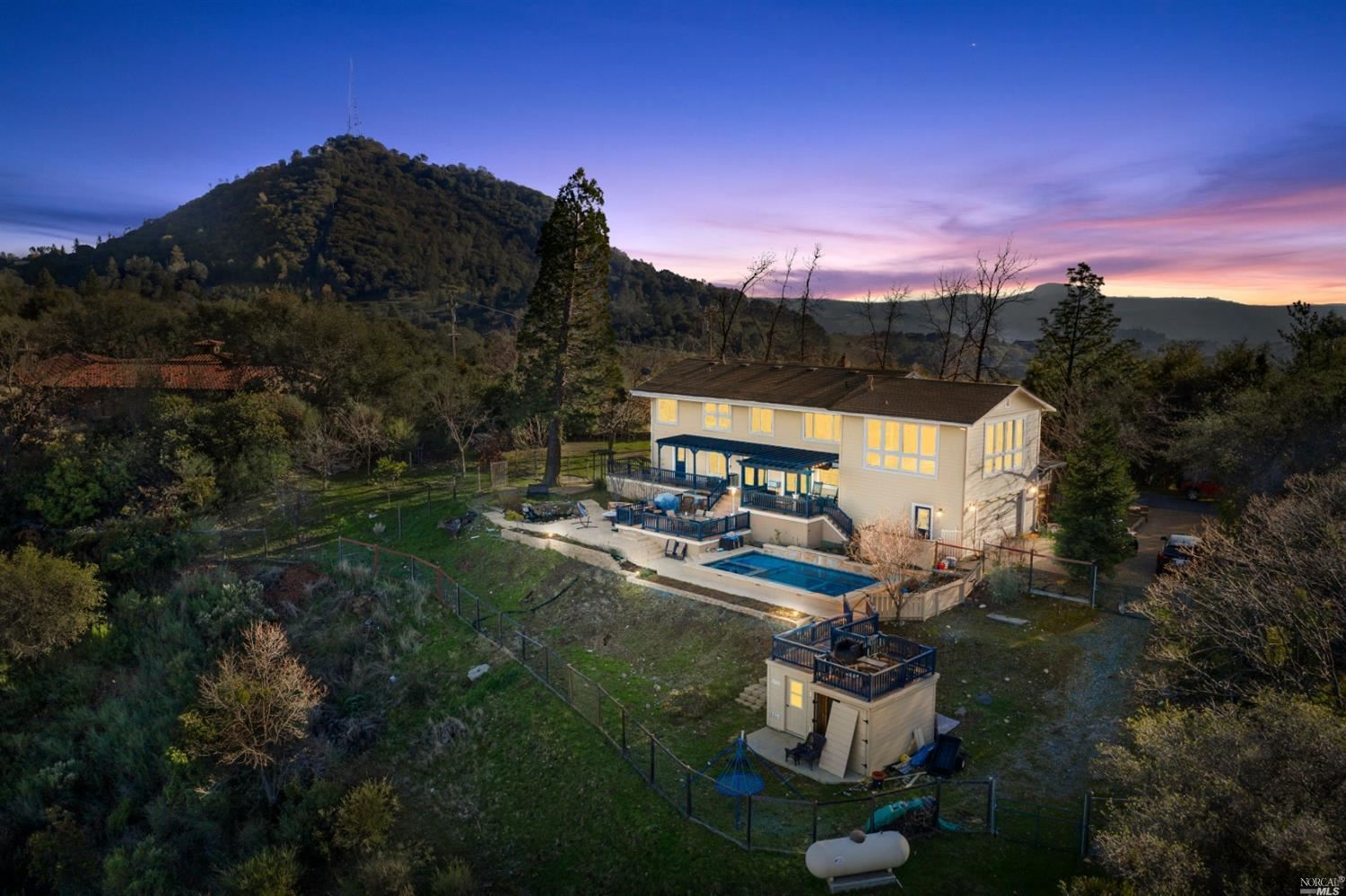 Property Image Of 16027 Butte Mountain Road In Jackson, Ca