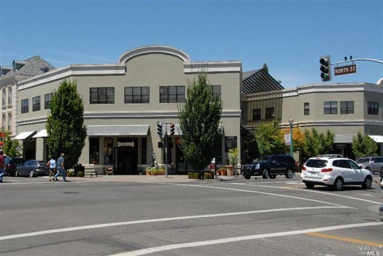405 Healdsburg Ave, Healdsburg, CA 95448
