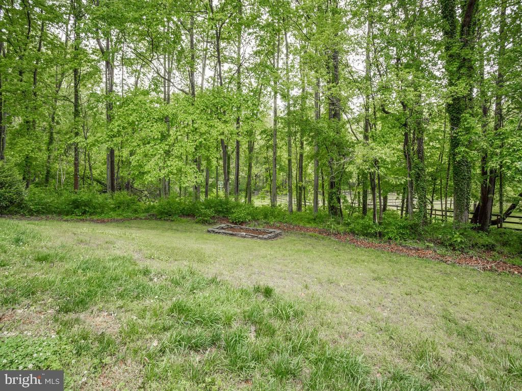 Property Image Of 864 Kings Retreat Dr In Davidsonville, Md