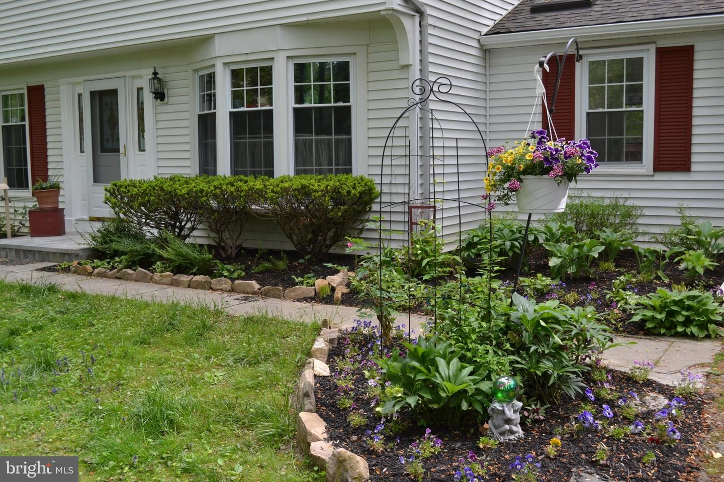 Property Image Of 291 Woodland Dr In Downingtown, Pa