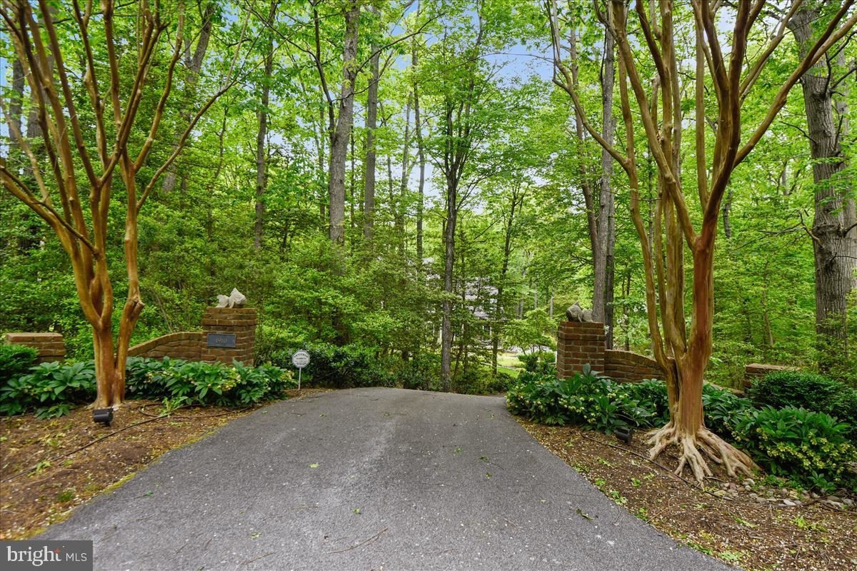 Property Image Of 1910 Beeches Glory Path In Annapolis, Md