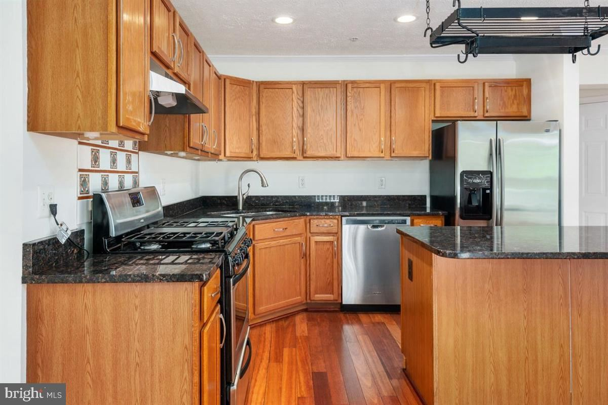 Property Image Of 10105 Summershade Ln In Hyattsville, Md