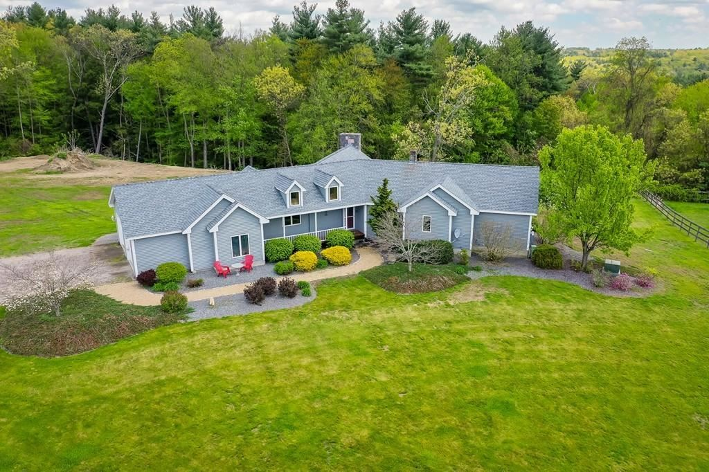 Property Image Of 153 Wallace Hill Rd In Townsend, Ma