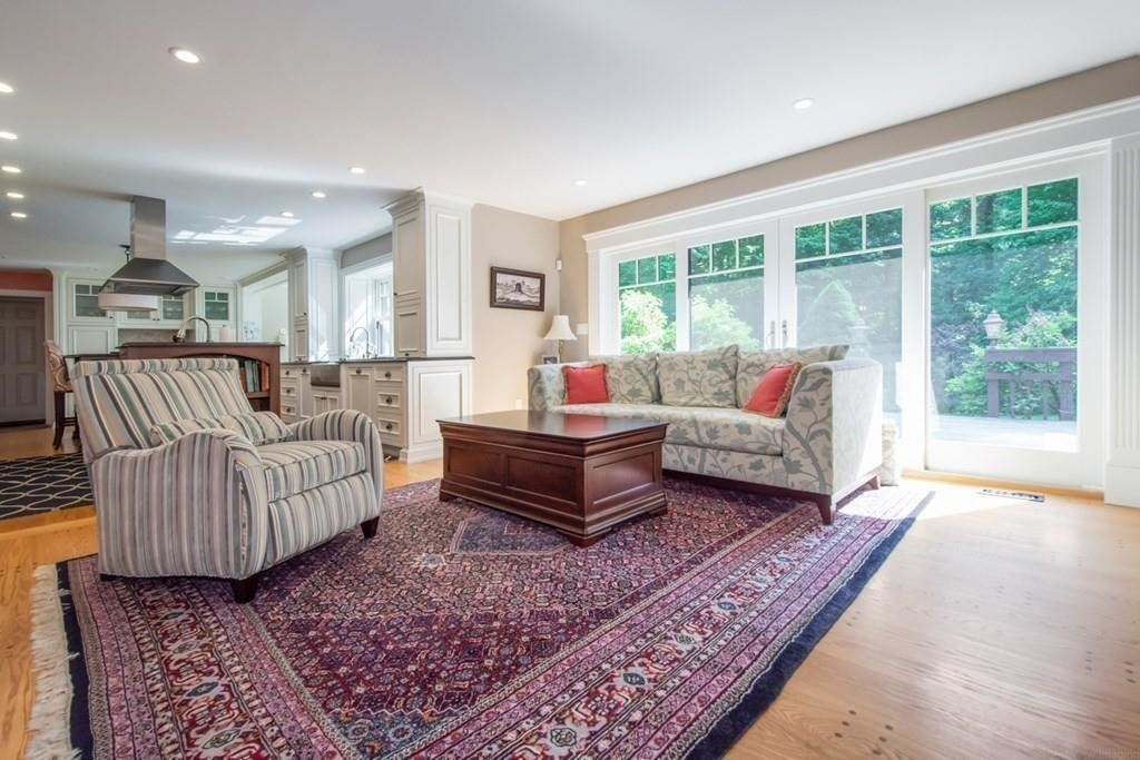 Property Image Of 102 Newell Rd In Holden, Ma