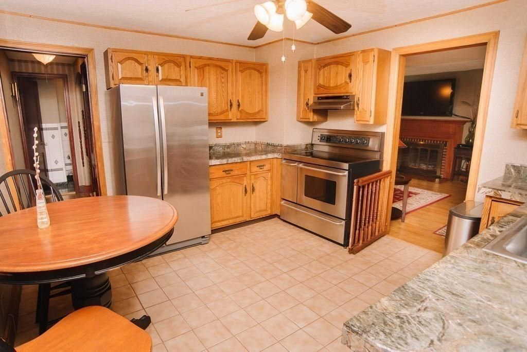 Property Image Of 208 City View Avenue In West Springfield, Ma