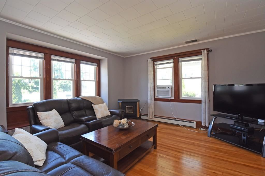 Property Image Of 4 Inwood Rd In Worcester, Ma