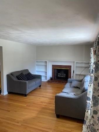 Property Image Of 8 Knollwood Dr In East Longmeadow, Ma