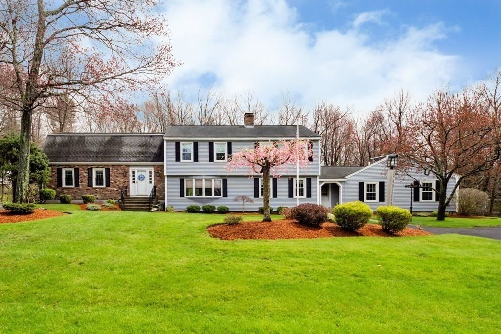 Property Image Of 114 Pilgrim Dr In Holden, Ma