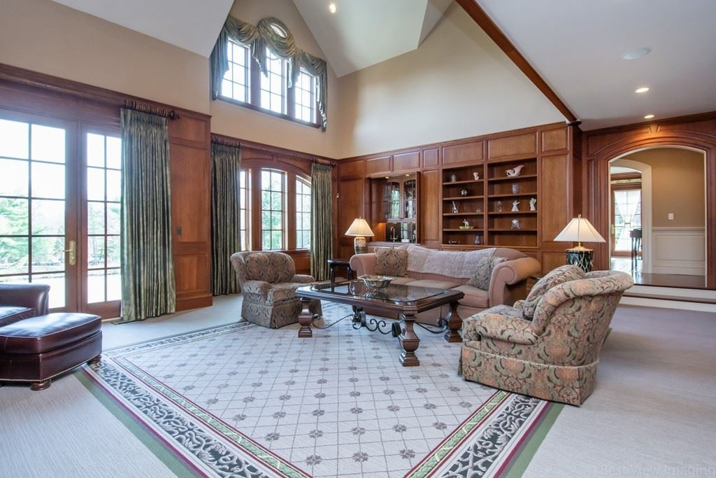 Property Image Of 44 Fisher St In Northborough, Ma